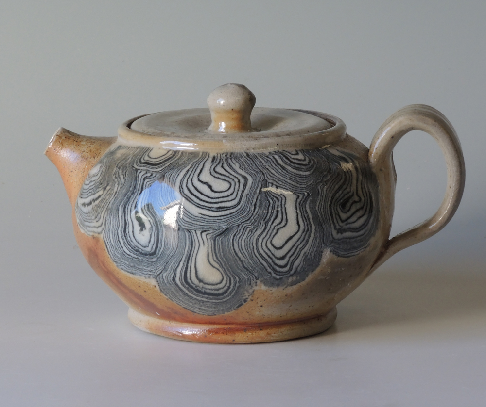 teapot stoneware with porcelain inlay